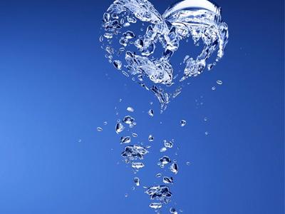 Cata apa trebuie sa bem zilnic